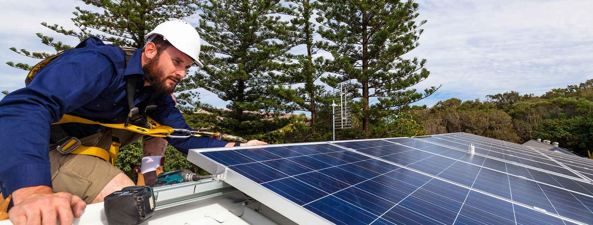 shutterstock_345605207 Solar Panels